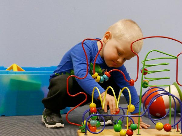 """Szenenbild aus """"Elternschule""""   Bild: Mindjazz"""