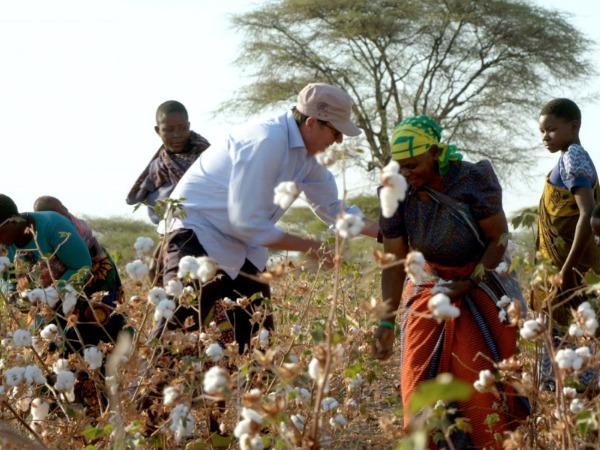 """Szenenbild aus """"Fair Traders""""   Bild: RealFiction"""