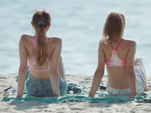 "Szenenbild aus ""Sunburned"" | Bild: Camino"