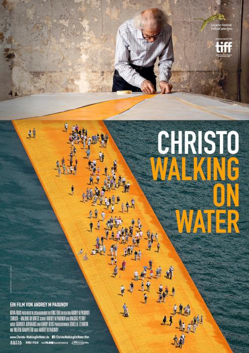 "Filmplakat zu ""Christo - Walking on Water"" | Bild: Filmagentinnen"